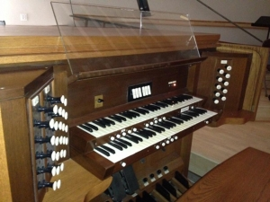 Congregation Emanu-El organ
