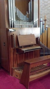 Hosanna Lutheran Church Organ Console