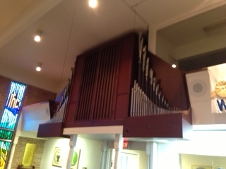 Advent Lutheran Church organ