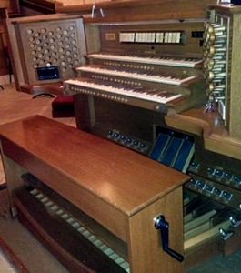 Clear Lake UMC organ